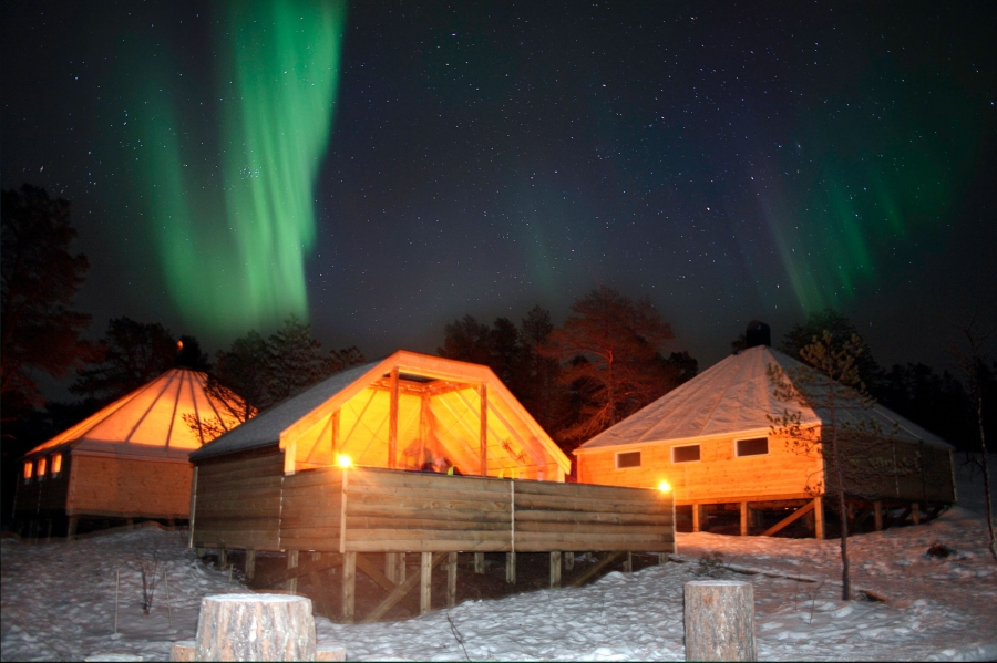 Northern Lights Holiday At Malangen Resort