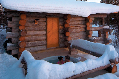 Northern lights luxury short break or honeymoon at for Luxury winter cabins