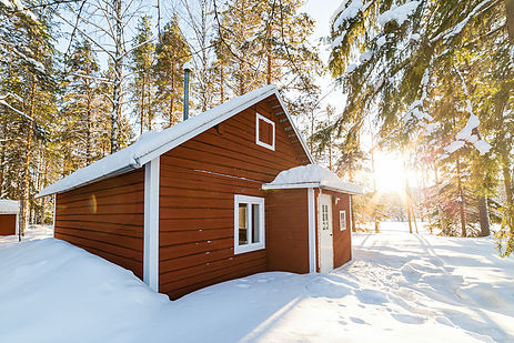 Luxury winter holiday at the loggers lodge cabin in for Luxury winter cabins