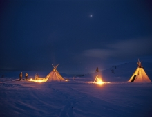 Experience a traditional Sami Lavvu near to Tromsø. Image: Terje-Rakke / Innovation Norway