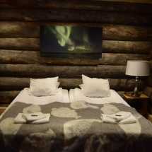 Log Cabin - Double bed